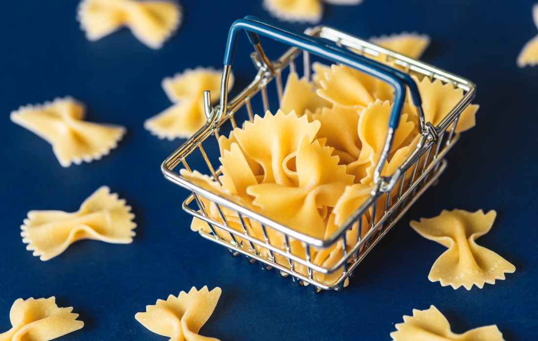 shallow focus of pasta